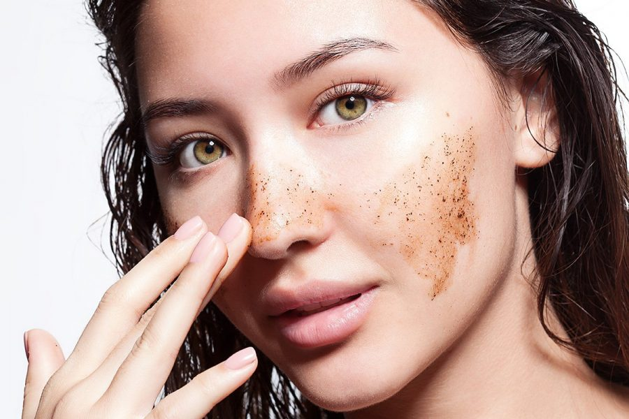AHA vs BHA Exfoliants: What's the difference?