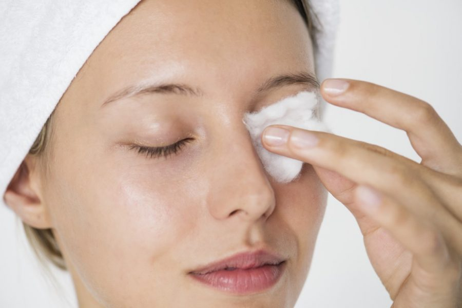 4 signs you're not removing your makeup properly